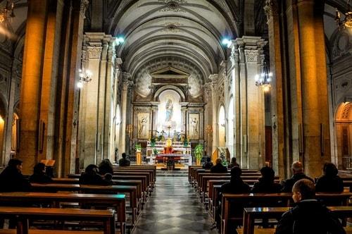 Italy-Rome-Centro-Storico-Basilica-Sant'Andrea-della-Valle-900 COVER
