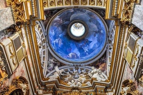Italy-Rome-Centro-Storico-Chiesa-della-Santissima-Trinita'-814 COVER