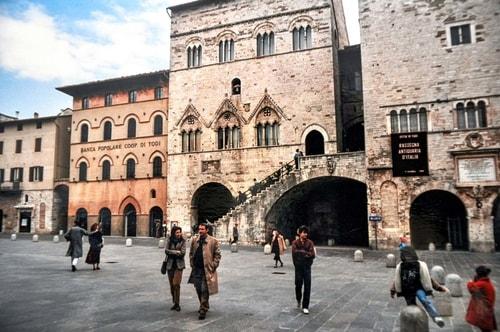 Italy -Umbria-Todi-12629 COVER