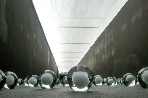 Italy -Veneto-Venice-Biennale Exposition 2013-Esposizione 700 snowballs-14448 COVER