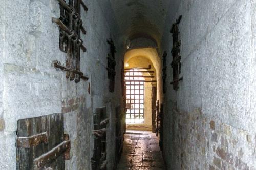 Italy-Veneto-Venice-San Marco-Palazzo Ducale-Ponte dei Sospiri and prisons -14776 COVER