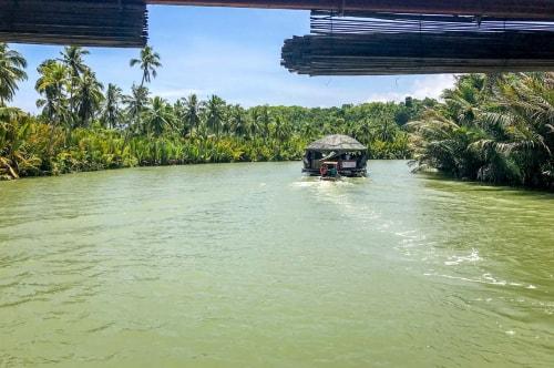 Philippines-Bohol-Island-Loboc-Loboc-River-Cruise-(Rio-Verde)-17463 COVER