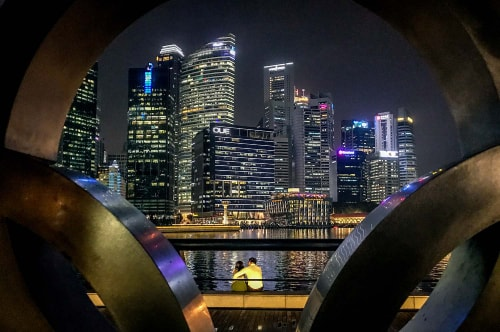 Singapore-Marina-Bay-By-night-18139 COVER