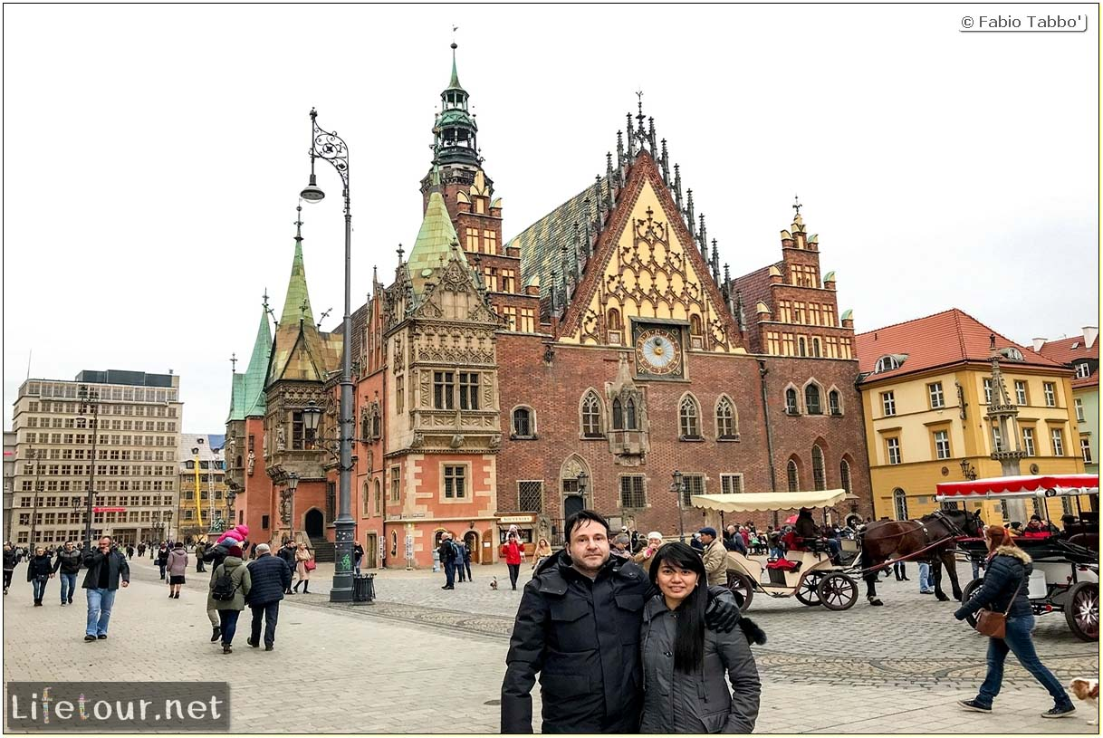 Poland-Wroclaw 2019 03-Rynek (Old Town)-11