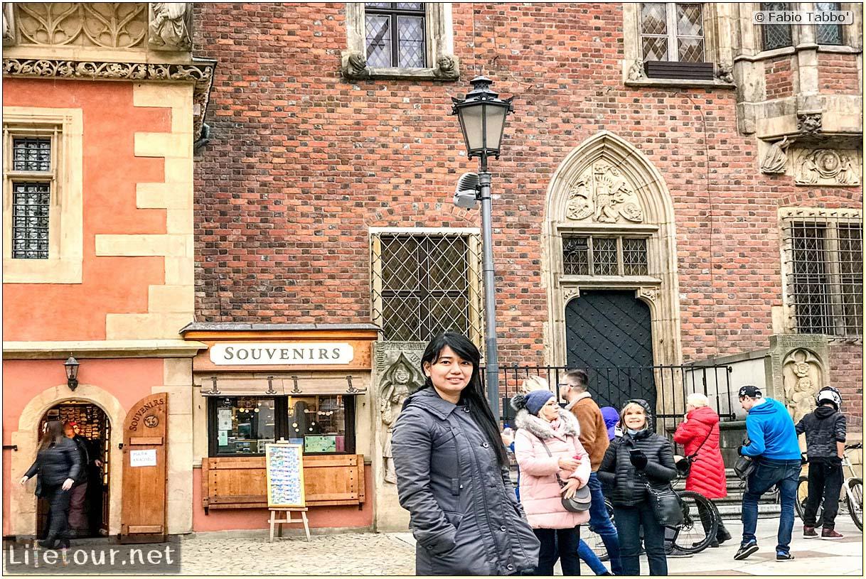 Poland-Wroclaw 2019 03-Rynek (Old Town)-14
