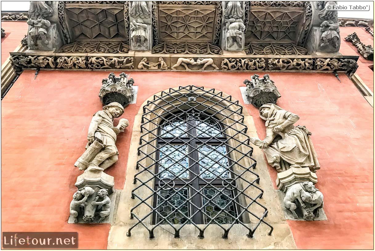 Poland-Wroclaw 2019 03-Rynek (Old Town)-18