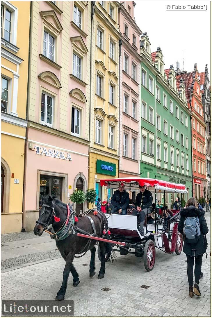 Poland-Wroclaw 2019 03-Rynek (Old Town)-23