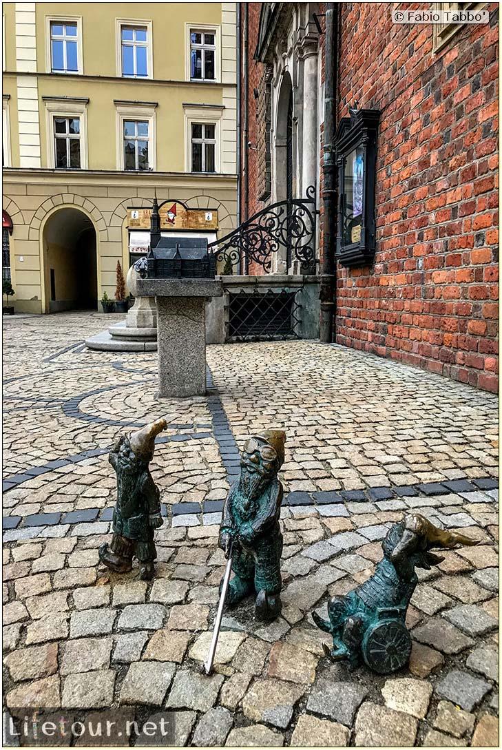 Poland-Wroclaw 2019 03-The Wroclaw gnomes-5